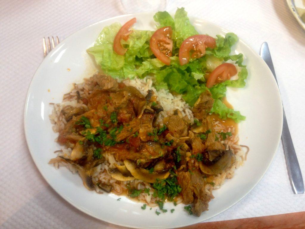 maison-culture-armenienne-poulet-oignons