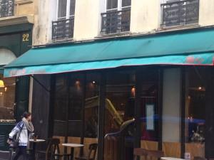 Yoom-restaurant-rue-des-martyrs