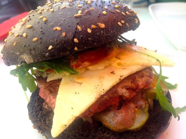 burger-encre-seche-comptoir-epicerie-pere-claude