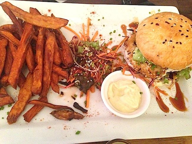 burger-espadon-frites-patates-douces