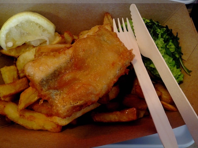 fish-and-chips-the-sunken-chip-rue-des-vinaigriers