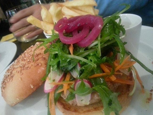 burger-hamburger-7eme-paris-casa-milano-restaurant-italien