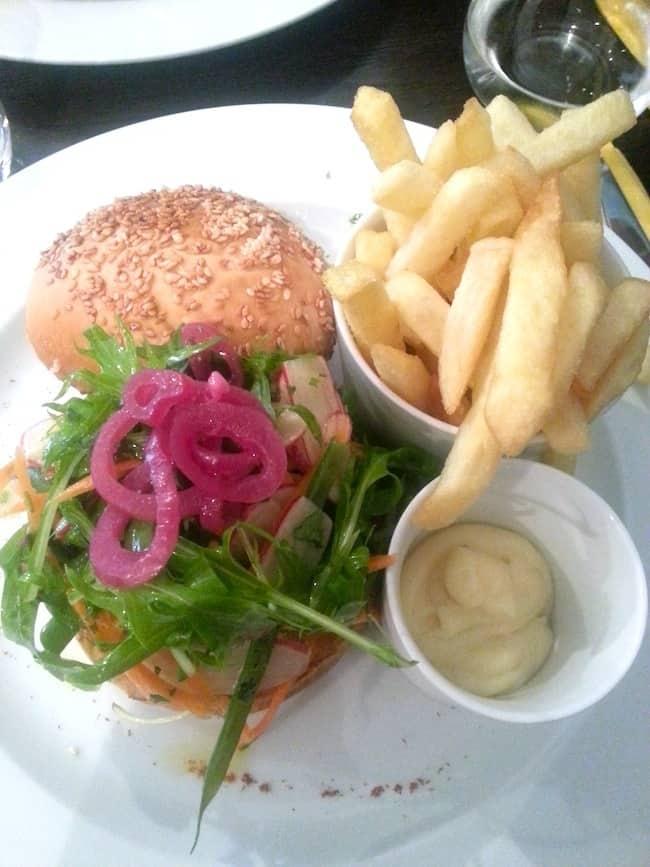 casa-milano-burgers-rue-de-grenelle