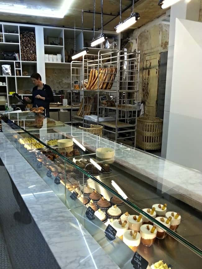 So charming schwartz 39 s deli restaurant paris - Restaurant rue des vinaigriers ...