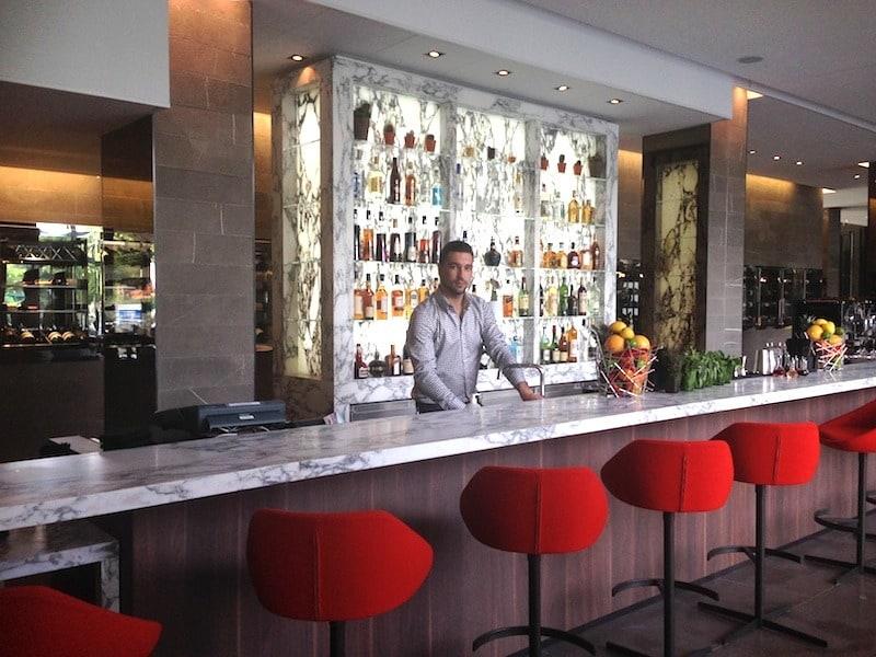 frame-brasserie-resto-paris-15-bar