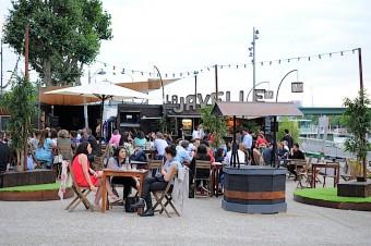 La Javelle – Guinguette : transats, bar, musique et food trucks en bord de Seine
