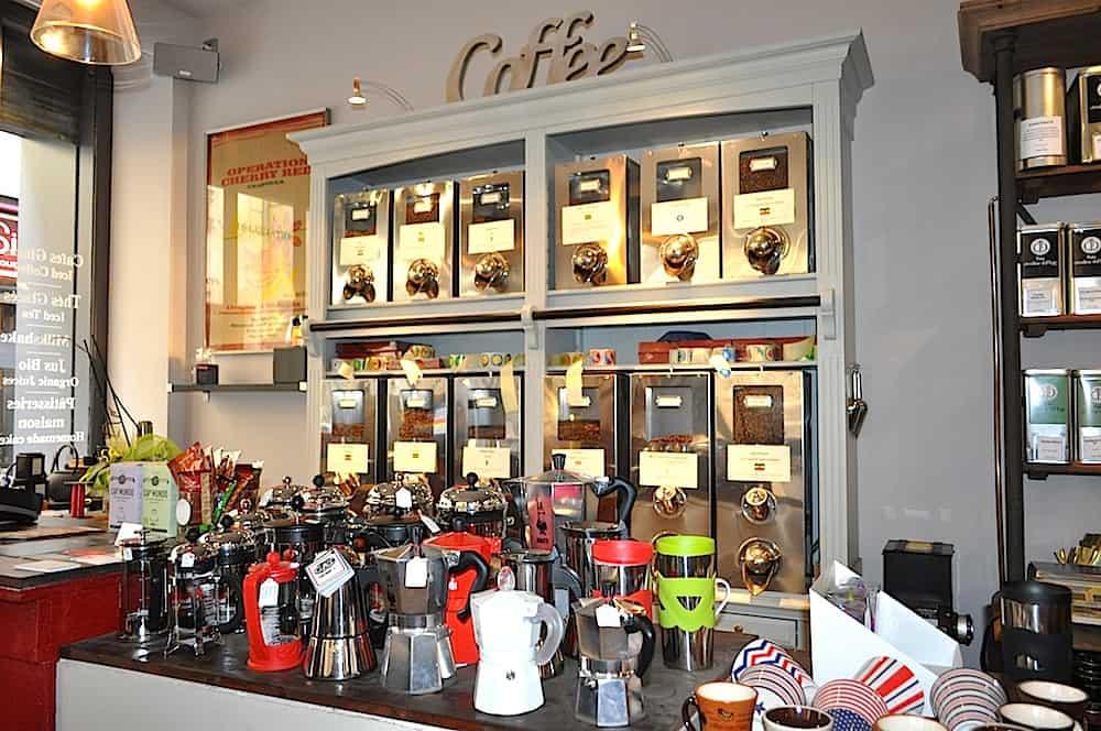 books-and-coffee-bordeaux-café-bordeaux