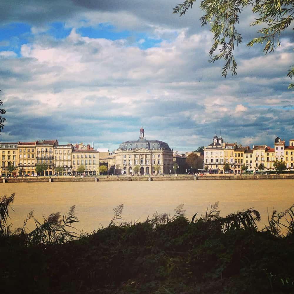 Vue de Bordeaux depuis la Rive Droite