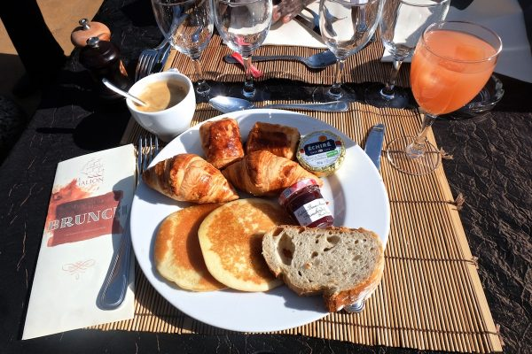 brunch-le-galion-paris16-peniche-restaurant