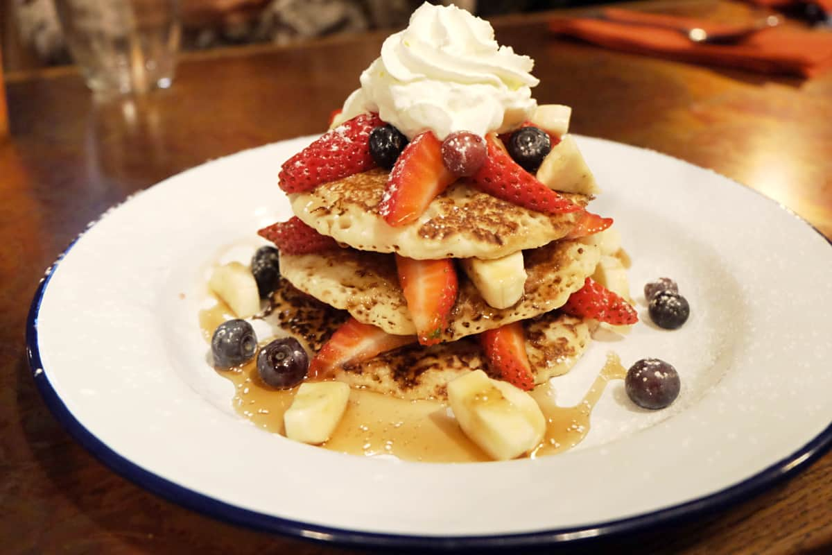 pancakes-brunch-frog-revolution-bastille