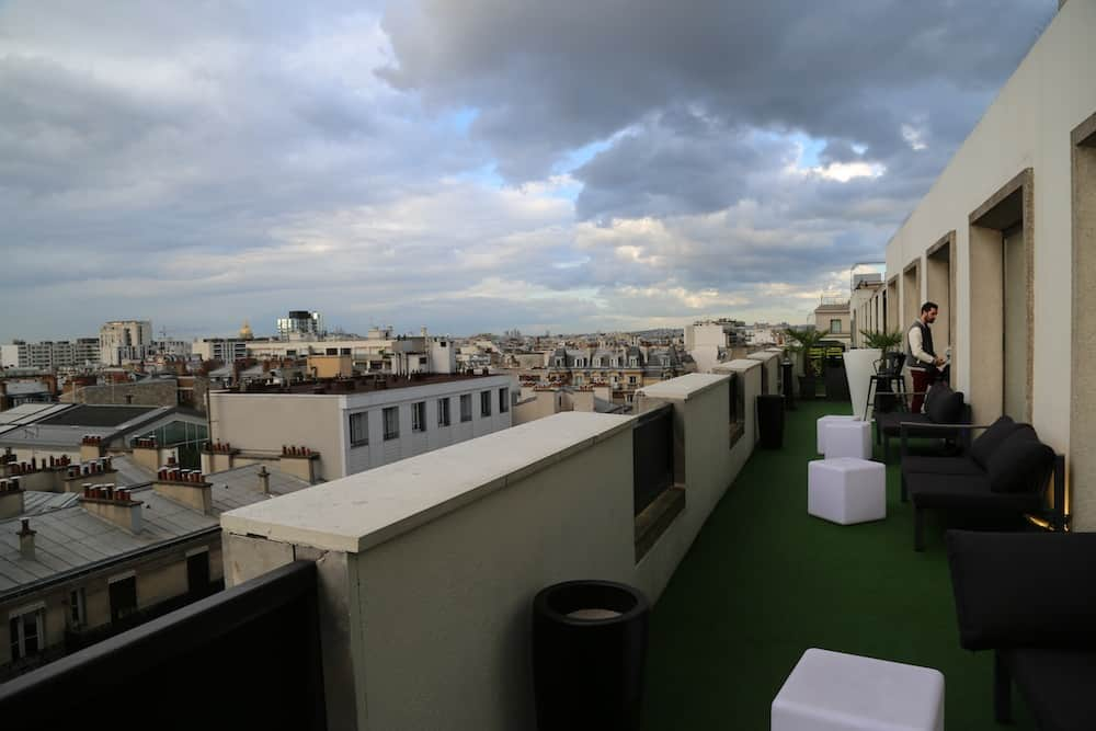 lounge-bar-view-rooftop-paris15-novotel-cocktail-bar