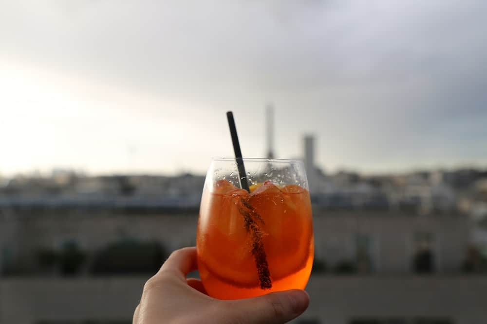 lounge-bar-view-rooftop-paris15-novotel