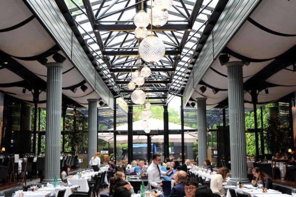 Auteuil brasserie restaurant italien et rooftop dans l for Restaurant dans jardin paris