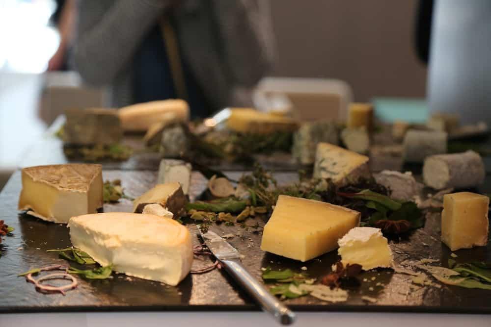 brunch-hotel-de-sers-paris-fromage