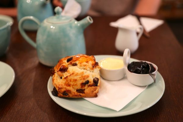Chezd saint jacques paris5 salon de th scones - Salon saint jacques neuville saint remy ...