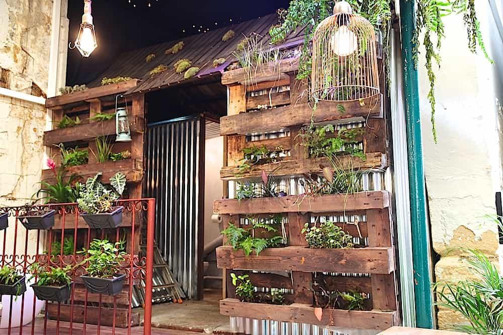 l-improbable-rue-guillemites-paris-4-food-truck-bien-fait