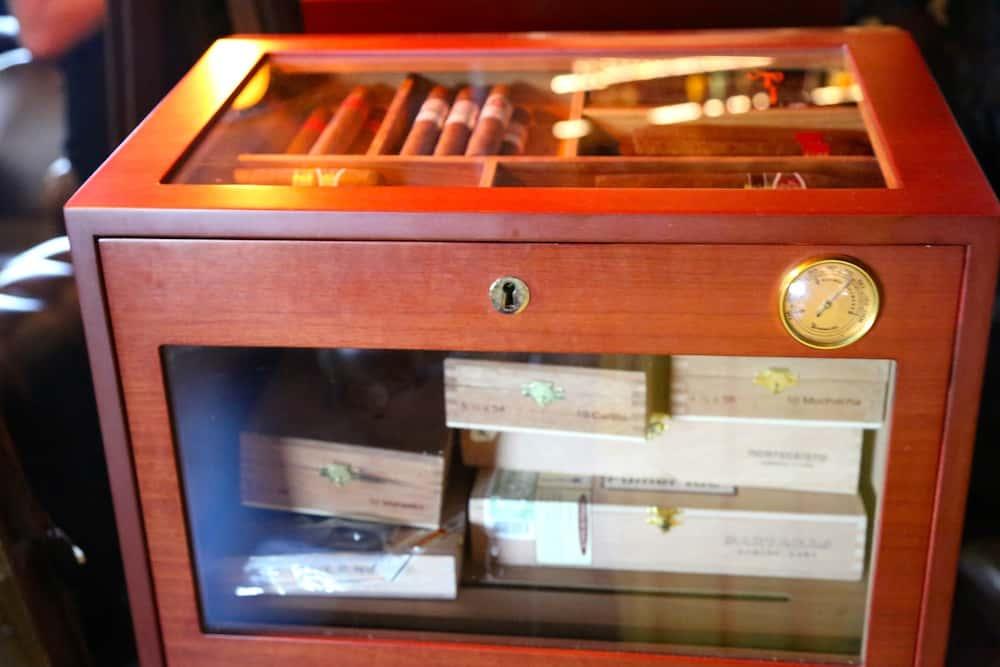 steaking-paris-6-restaurant-steakhouse-cigares
