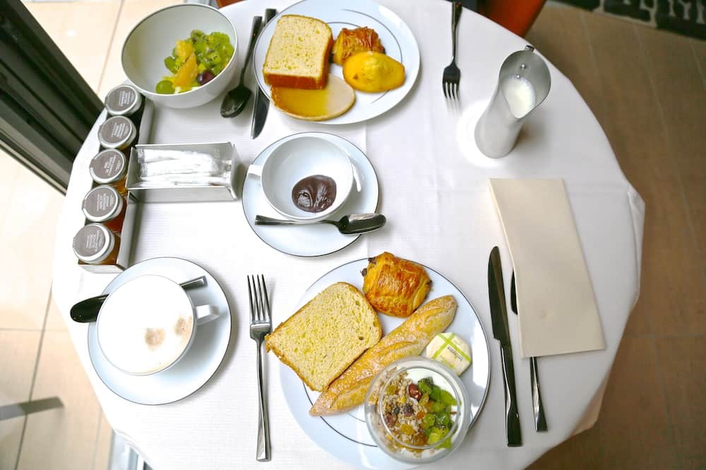 cinq-codet-petit-dejeuner-paris
