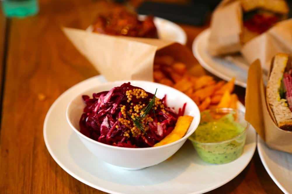 frenchie-to-go-coleslaw