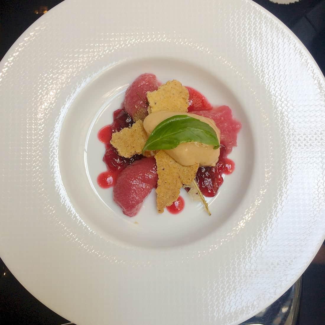 hyatt-madeleine-restaurant