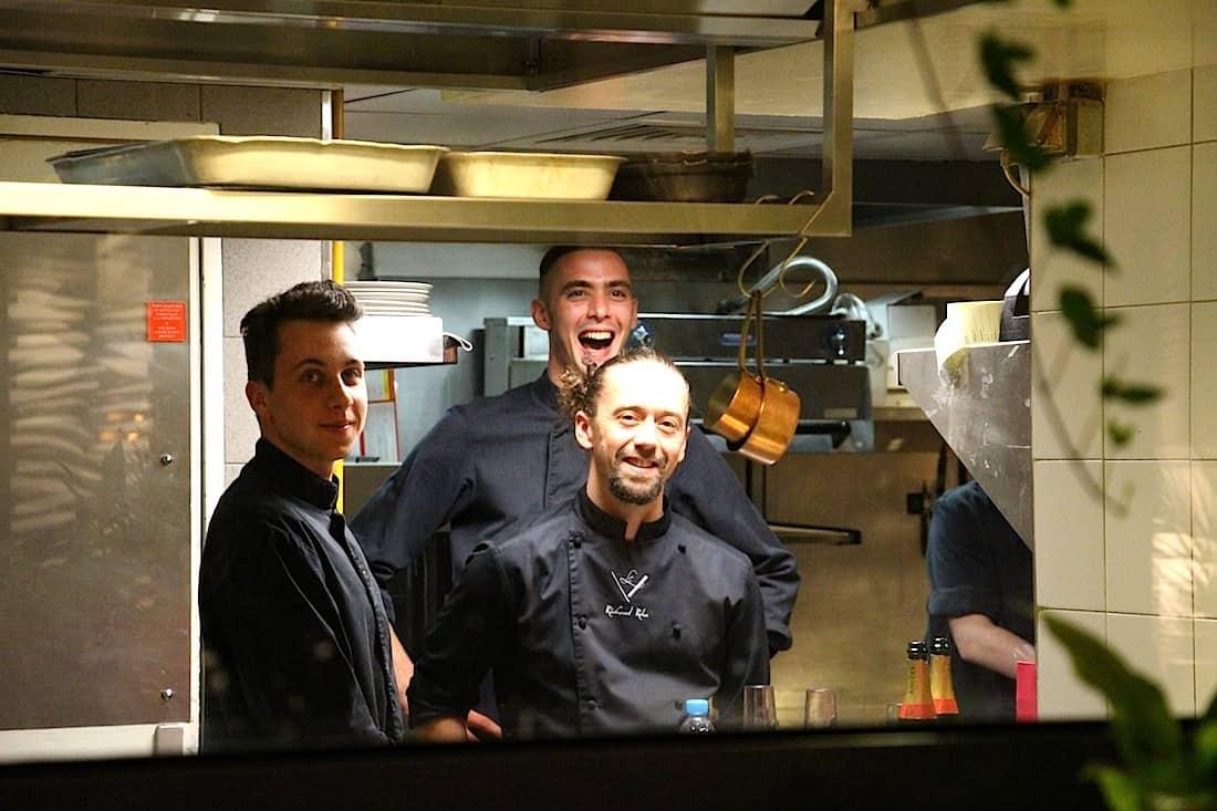 hotel-de-sers-patio-chef
