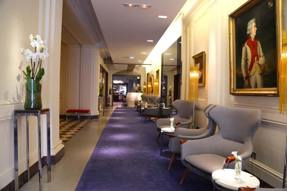 hotel-de-sers-entree