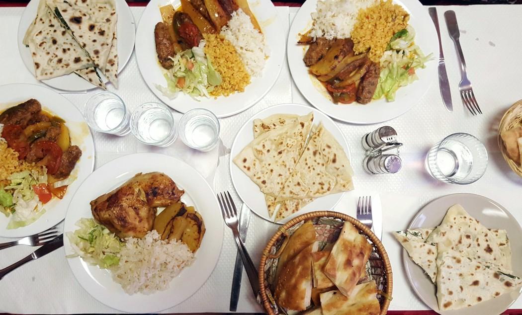 http://parisianavores.paris/wp-content/uploads/2016/01/restaurant-kurde-avesta-paris10.jpg