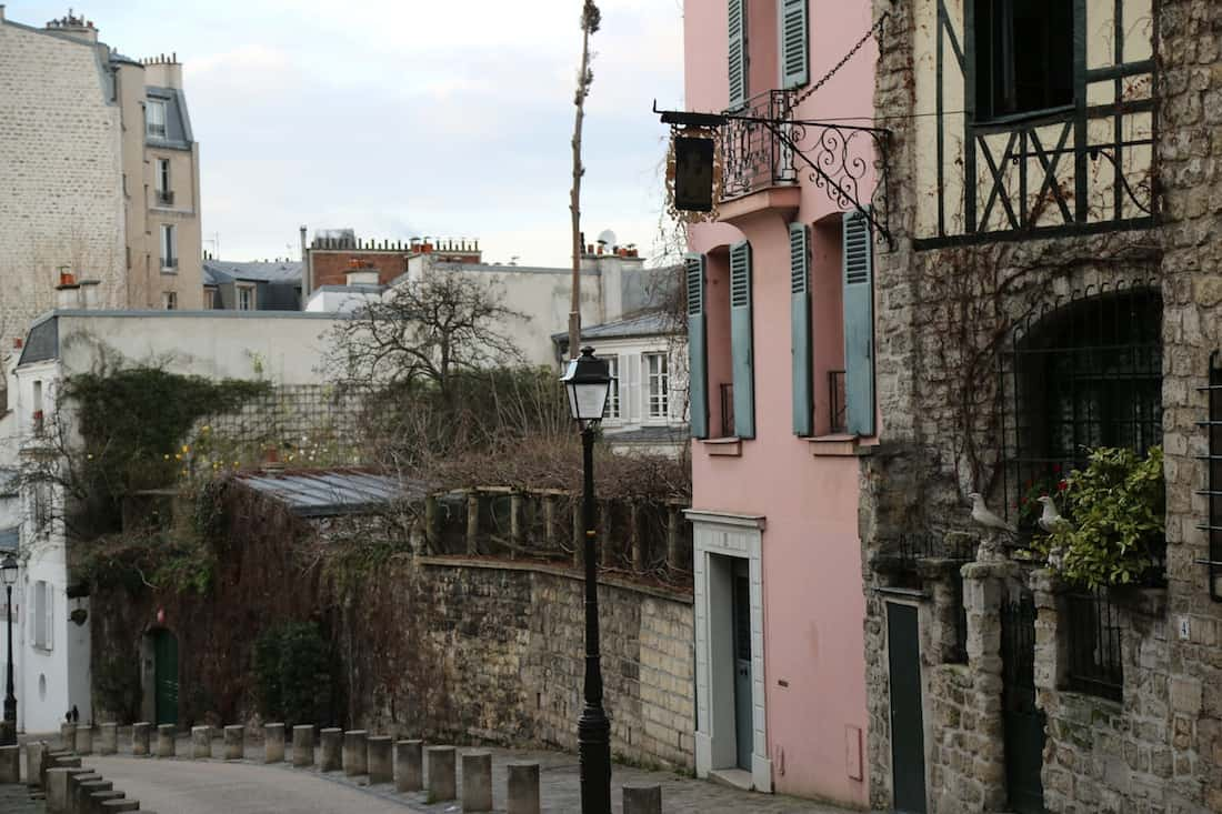 rue-custot-monmartre-paris18eme