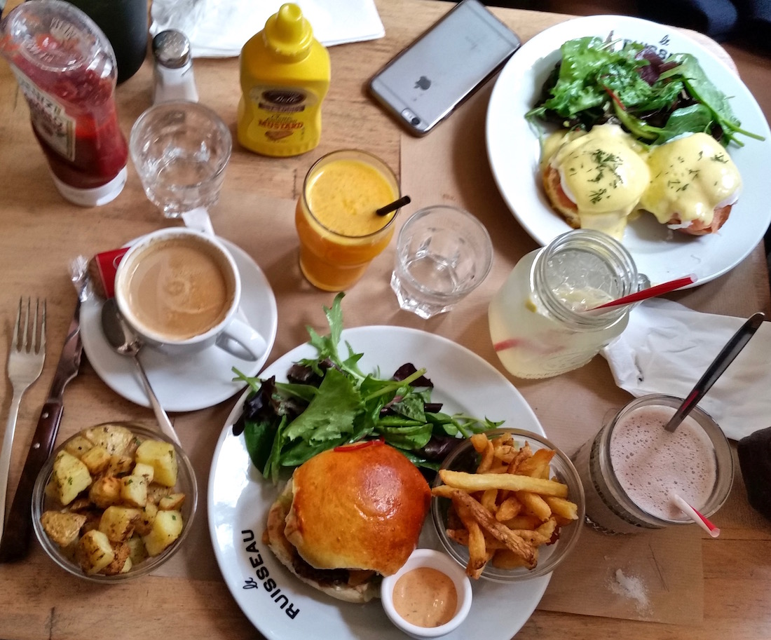 le-ruisseau-burger-brunch-paris18eme