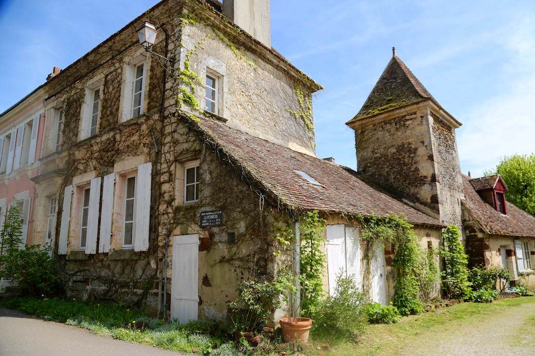 la-perriere-village-le-perche-photo-visit