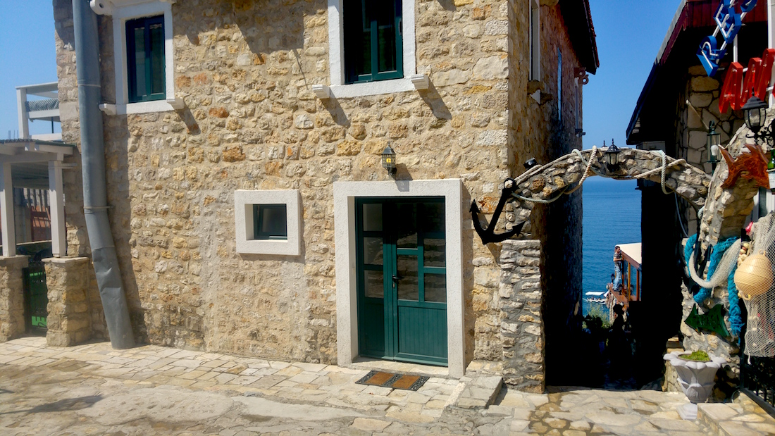 ulcinj-montenegro-ville