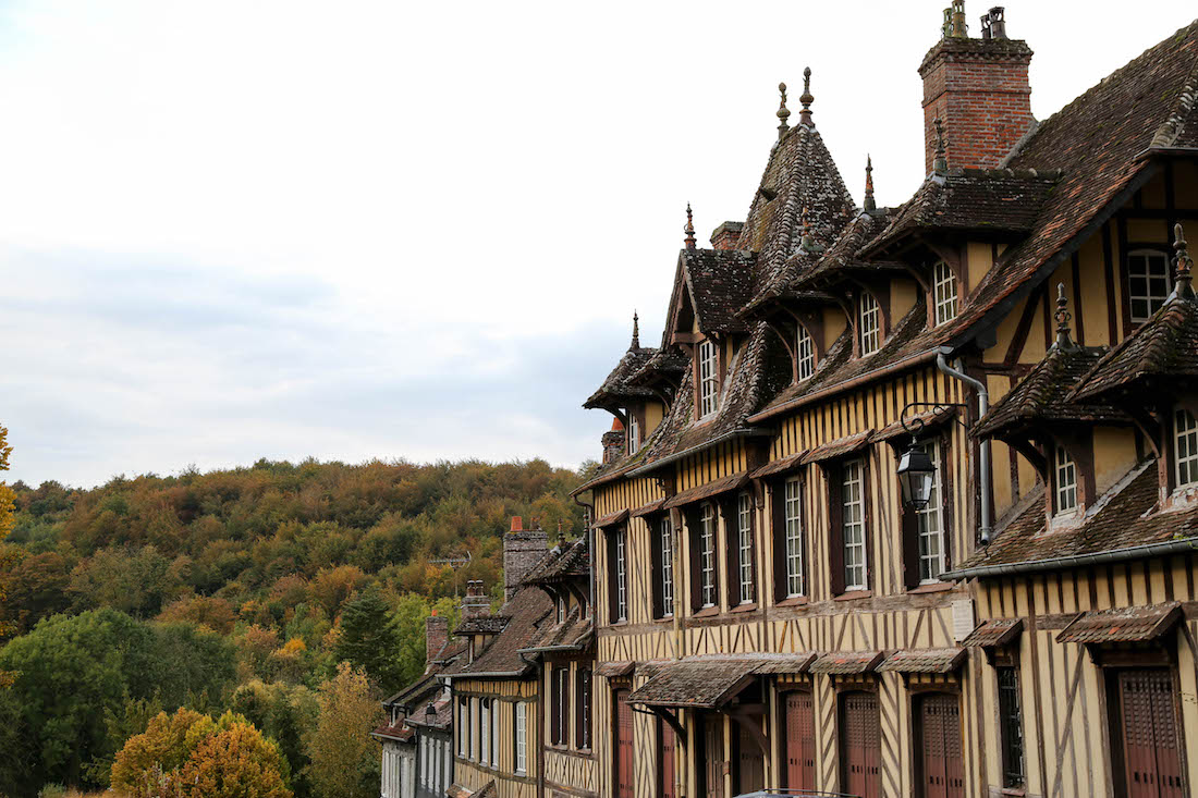 lyons-la-foret-village-week-end-moins-de-2h-paris-eure