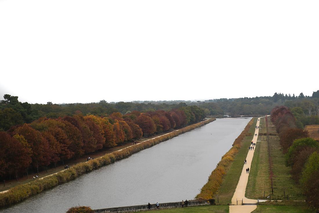 chateau-de-chambord-loire-france-jardin