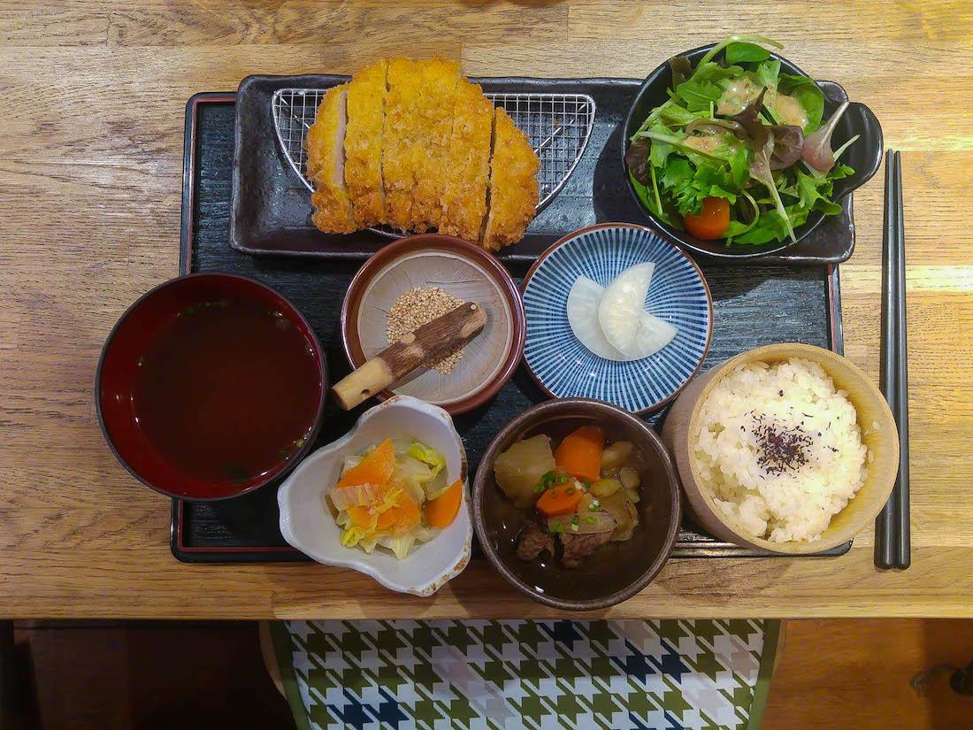 Momonoki, l'appel du tonkatsu Passage Choiseul