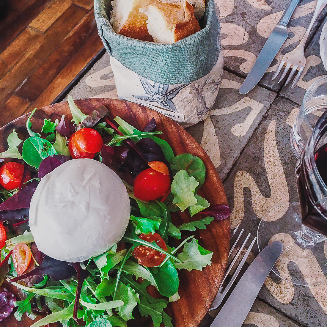 Borgo-delle-Tovaglie-paris11-restaurant