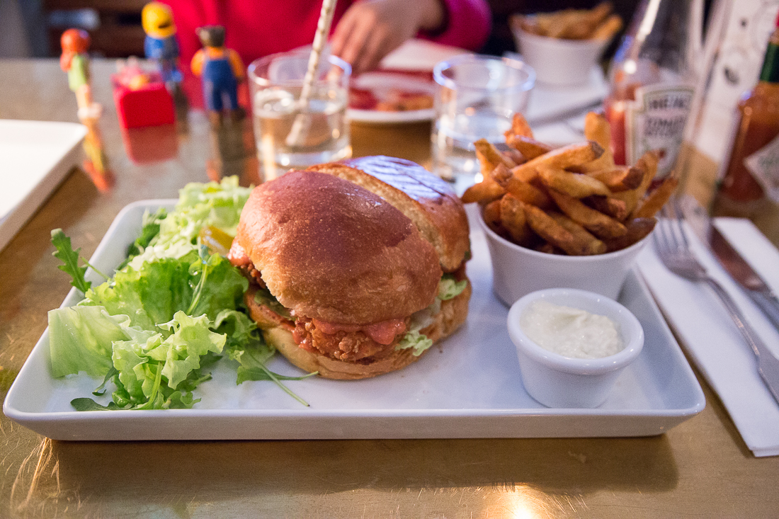 gambas-burger-lobster-bar-paris-1er