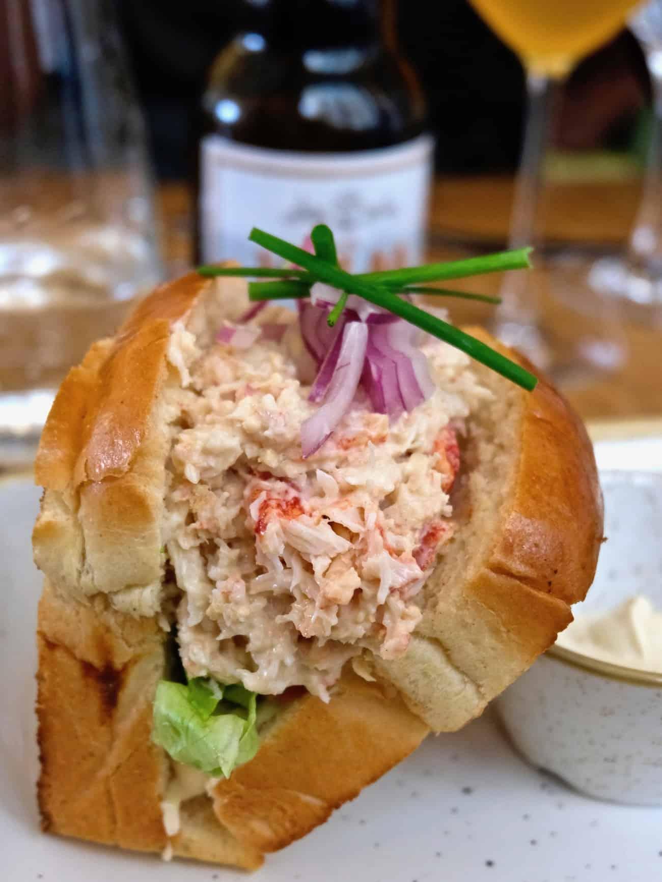 crabe-royal-resturant-place-de-la-madeleine-paris-8e