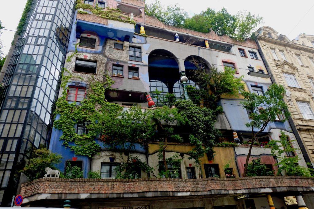 village-Hundertwasser
