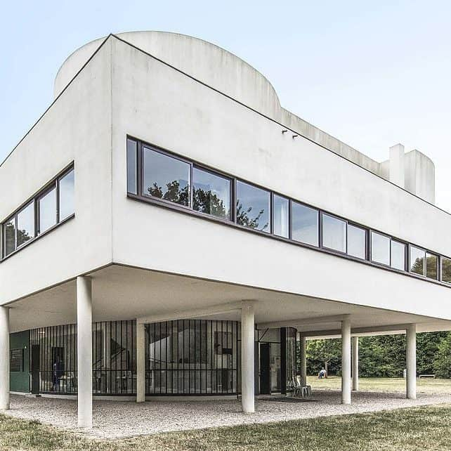Villa-Savoye-corbusier