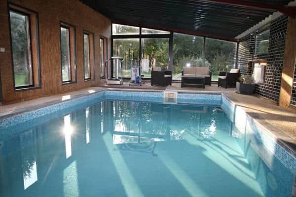 H tels avec piscine moins de deux heures de paris et - Hotel avec piscine interieure paris ...