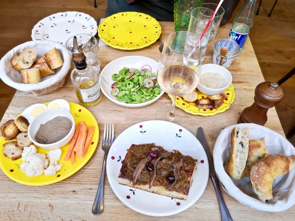 A l'Ombre restaurant