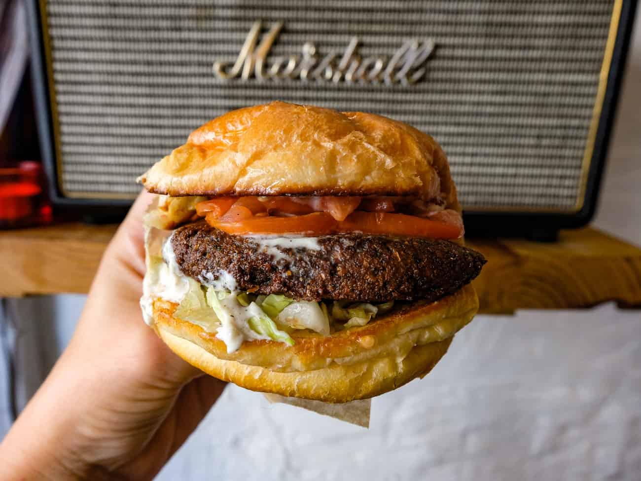 buns-paris-paris-5-burger-restaurant-7