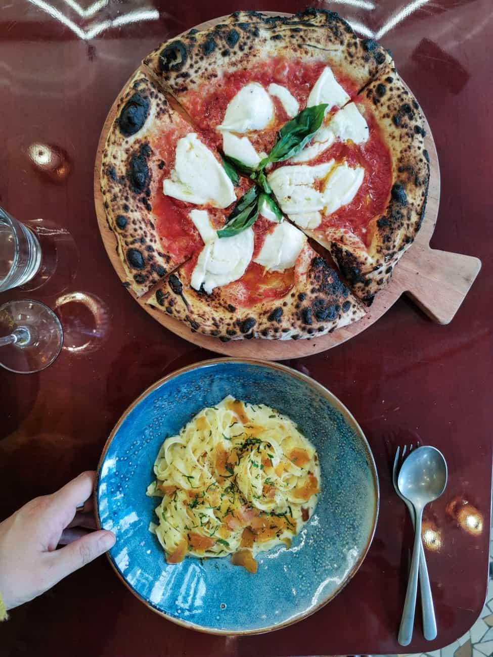 uno-restaurant-italien-pizzeria-les-halles-paris-18