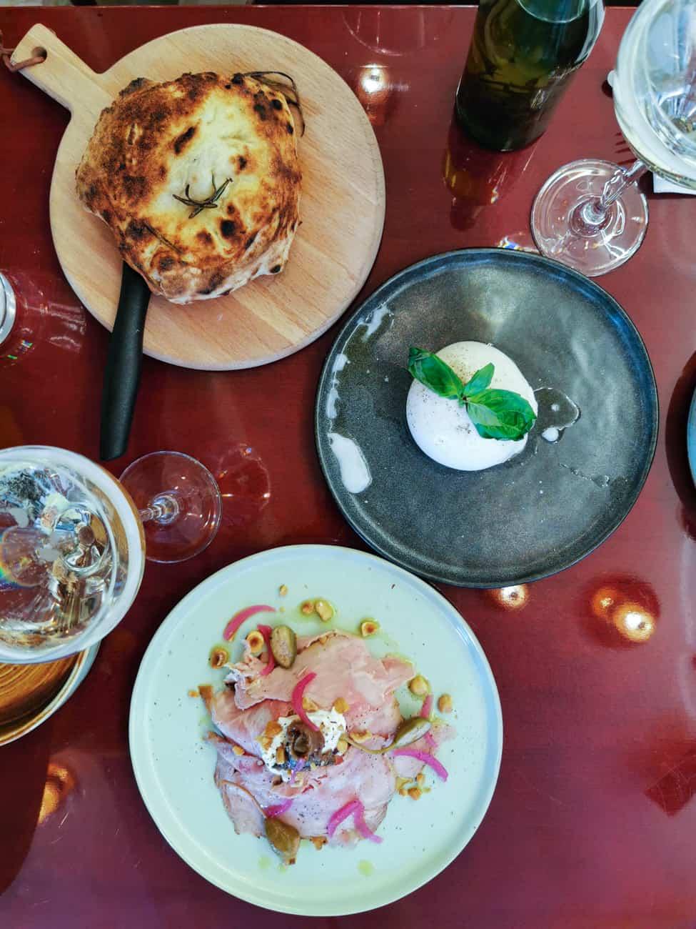 uno-restaurant-italien-pizzeria-les-halles-paris-5