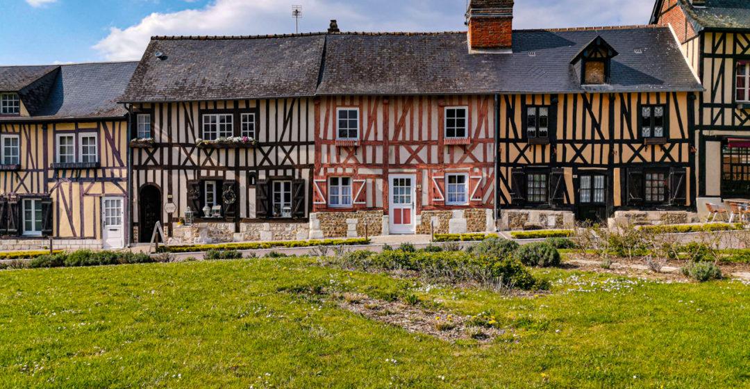 Le Bec-Hellouin, plus beau village de France et l'abbaye