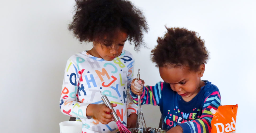Cuisiner avec des petits enfants – livres – recettes – tips