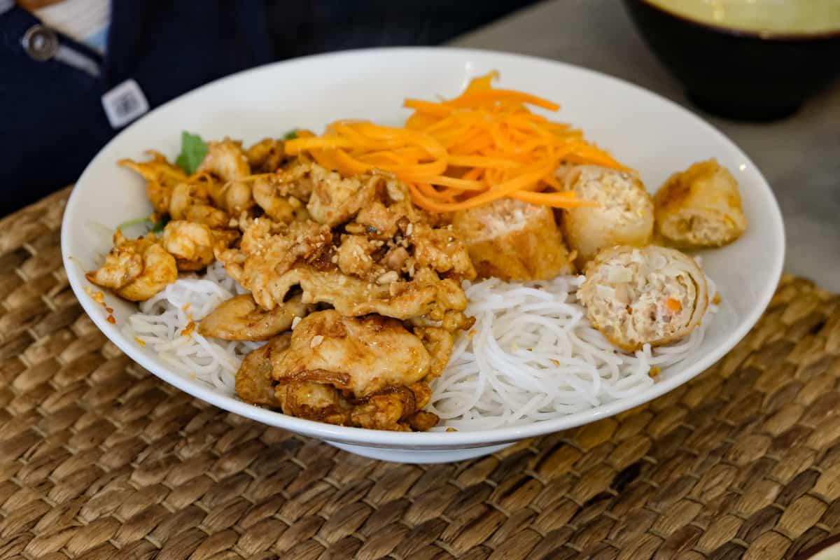 thuy-long-restaurant-vietnamien-montparnasse-rue-vaugirard-10