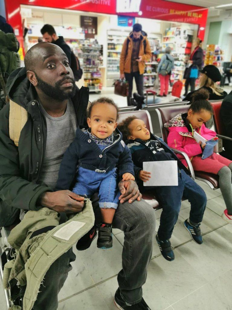 avion-avec-des-enfants-activites-3-ans