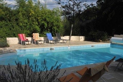 hotel-piscine-pas-cher-proche-paris