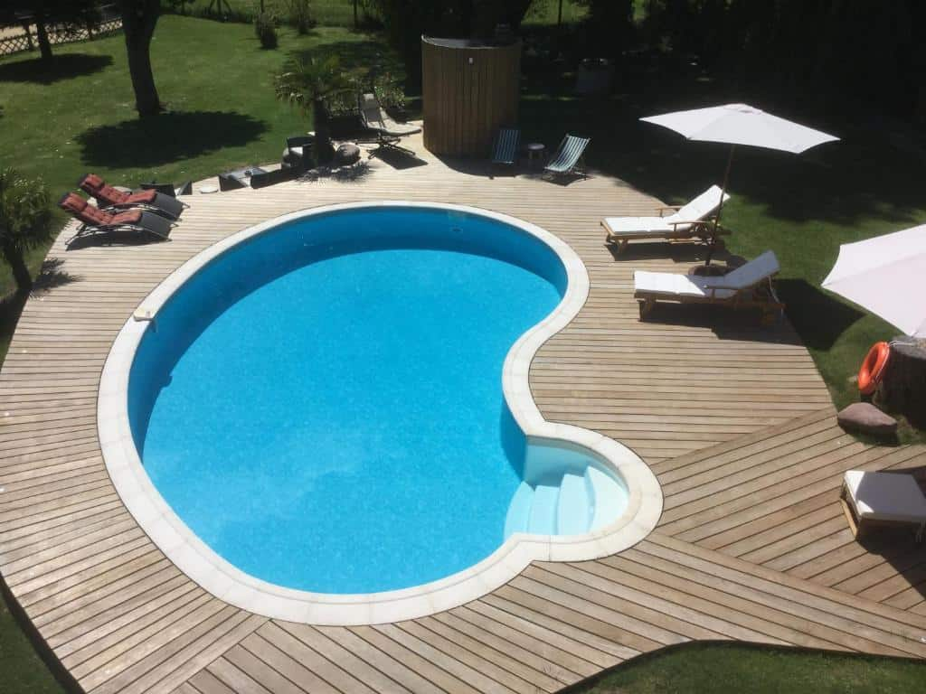 maison-d-hotes-piscine-moins-100-km-paris